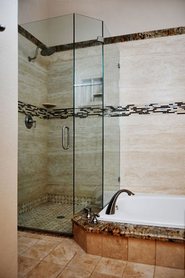 ForzaStone Paradise Valley installation shower glass