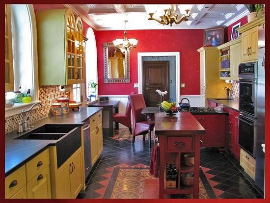 Willo Historic Neighborhood Spanish Style home remodel fratured in Phoenix Home & Garden magazine